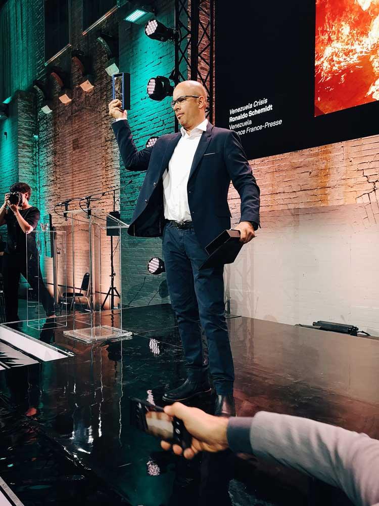 Ronaldo Schemidt ritira il premio