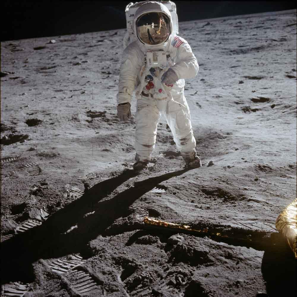 "EDWIN ""BUZZ"" ALDRIN ON THE MOON'S SURFACE APOLLO 11 MISSION © NASA"