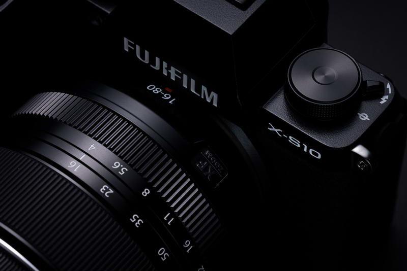fujifilm-x-s10-studio