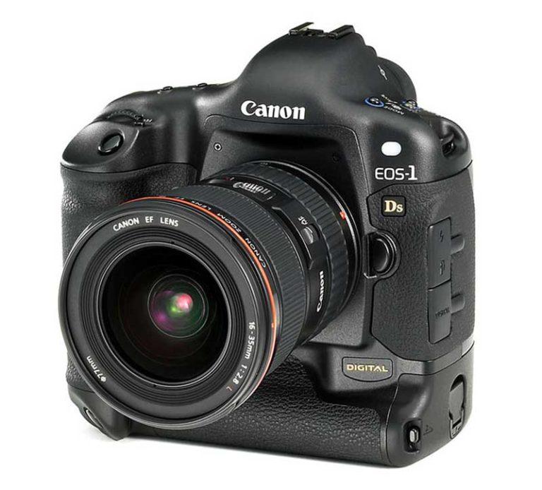 photokina-2002-canon-eos-1ds