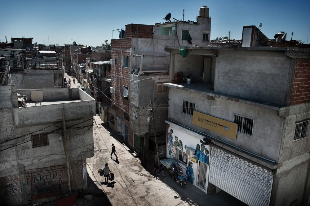 Otro-Aires-3-interviste-per-3-autori-Aldo-Feroce