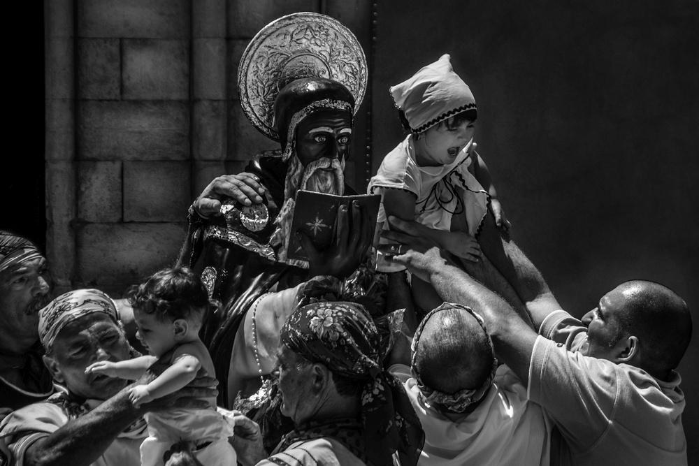 patrizia-galia-intervista-bianconero-sicilia-bambina-portata-dal-santo