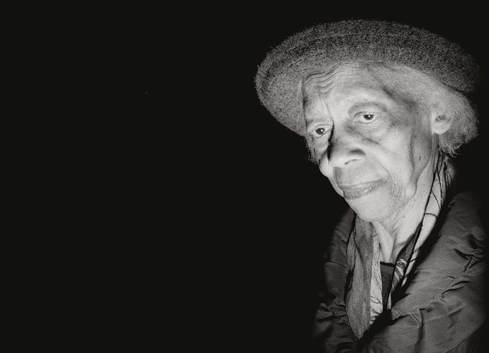 steve-panariti-intervista-libro-diamonds-street-reportage-ritratto-volto-scavato-flash-notte