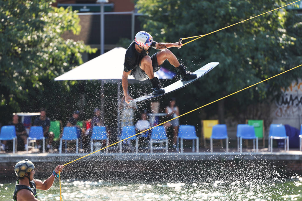 canon_eos-r3_wakeboard_01
