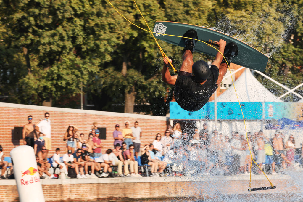 canon_eos-r3_wakeboard_03