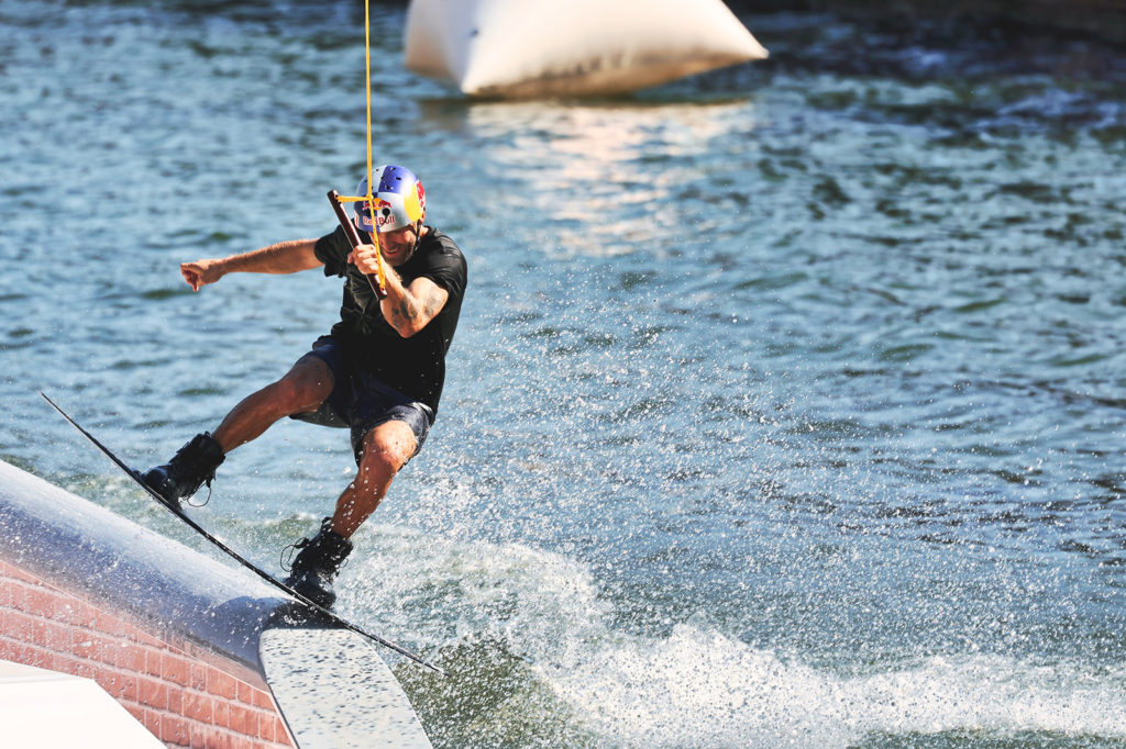 canon_eos-r3_wakeboard_11